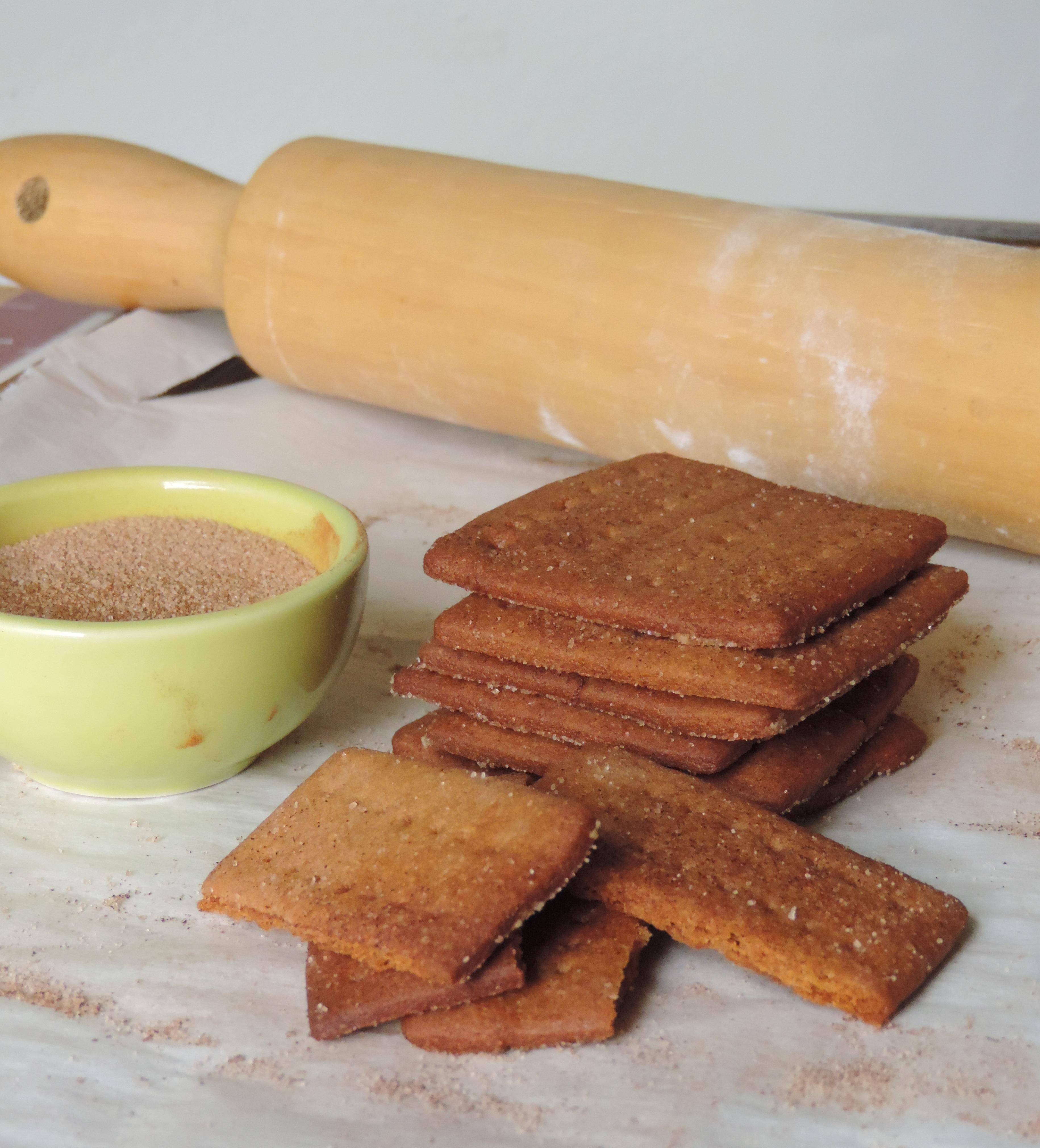 Homemade Cinnamon Graham Crackers