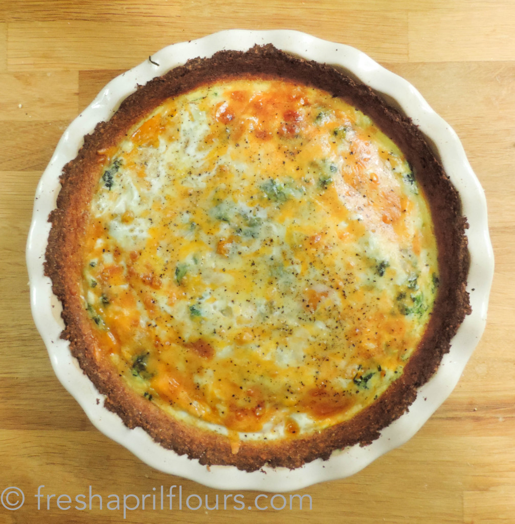 Cheesy Vegetable Quiche with Cauliflower Crust: you'll never think of crust the same again. Trust me!