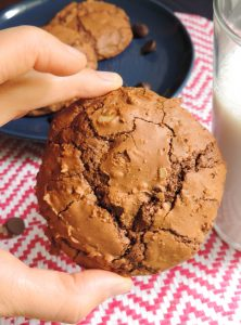 Brownie Cookies: Gooey in the center like a brownie, crisp on the outside like a cookie-- this brownie cookie is the best of both worlds!