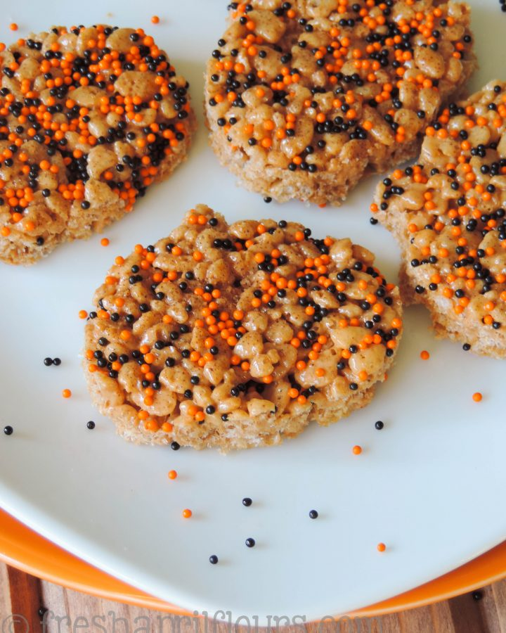 Pumpkin Spice Rice Krispies Treats: Soft and crunchy pumpkin Rice Krispies treats with a touch of cinnamon-sugar on top. An easy, no-bake fall snack!