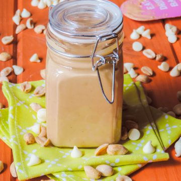Homemade White Chocolate Peanut Butter: This ultra smooth and super creamy peanut butter is naturally salty and lightly sweetened with velvety white chocolate.
