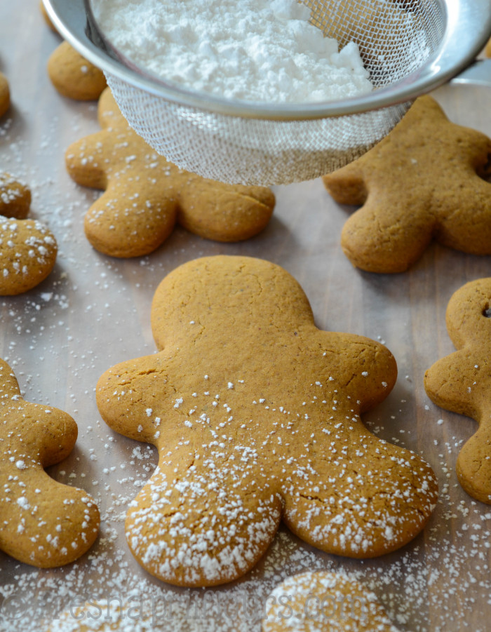 Decorate As You Wish Sprinkle Them With Powdered Sugar Or Leave Plain For My Gingerbread Men I Used A Super Easy Royal Icing Recipe