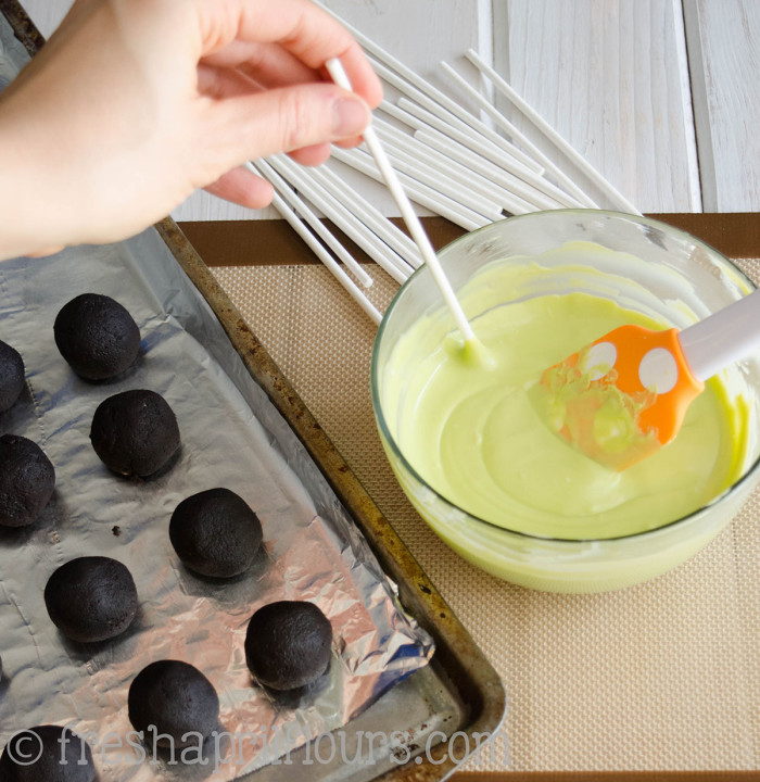 Cake Pops 101: A Guide To Homemade Cake Pops