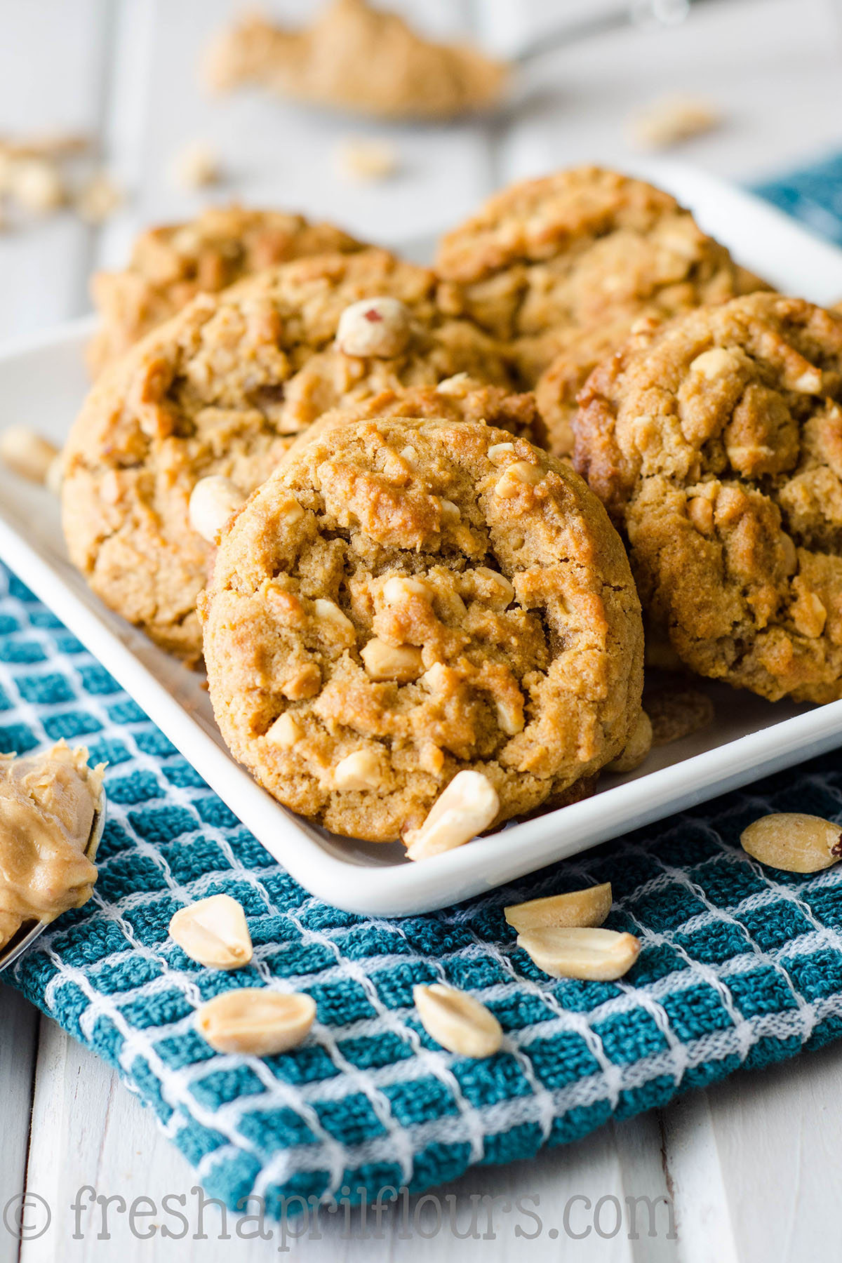 Flourless Crunchy Peanut Butter Cookies