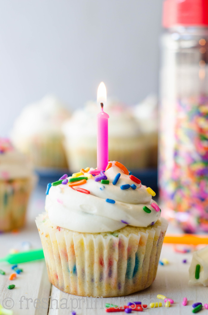 funfetti-cupcakes-3