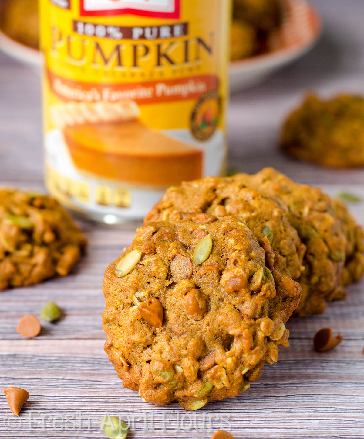 Pumpkin Oatmeal Cookies with Cinnamon Chips