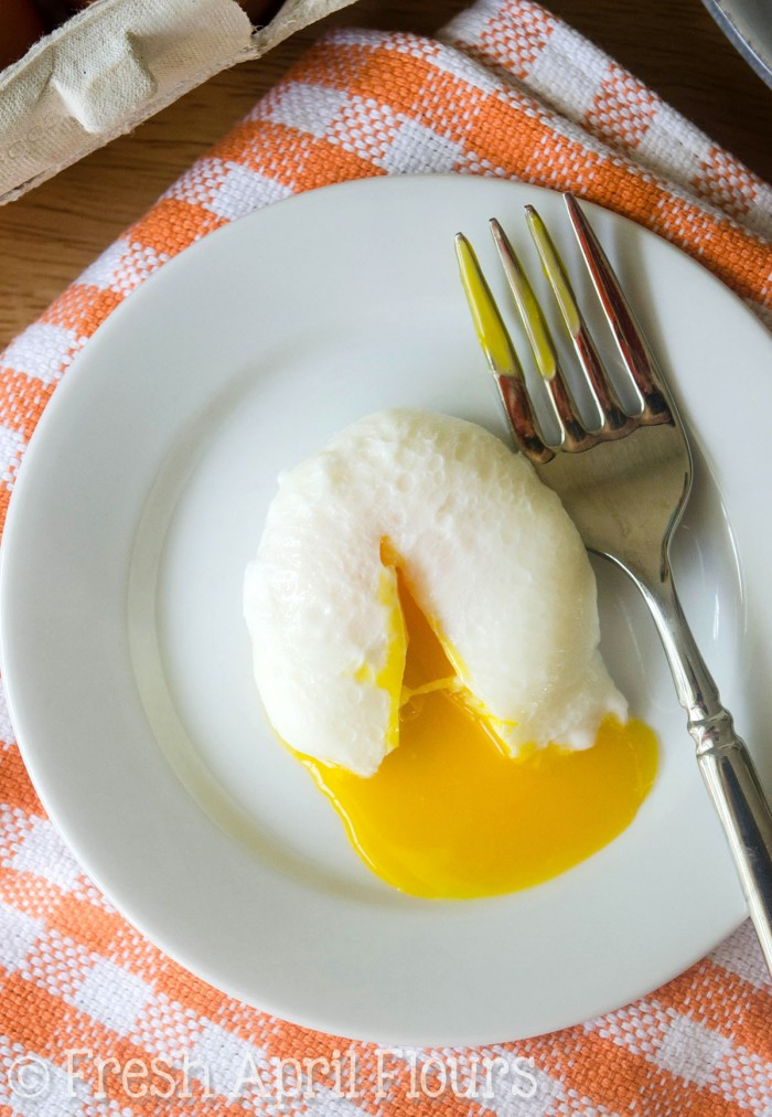 How To Poach An Egg: Step-by-step instructions with pictures to teach you how to poach the perfect egg every time.