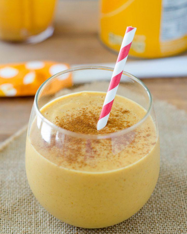 Pumpkin Pie Smoothie: A protein-packed way to get your pumpkin pie fix!