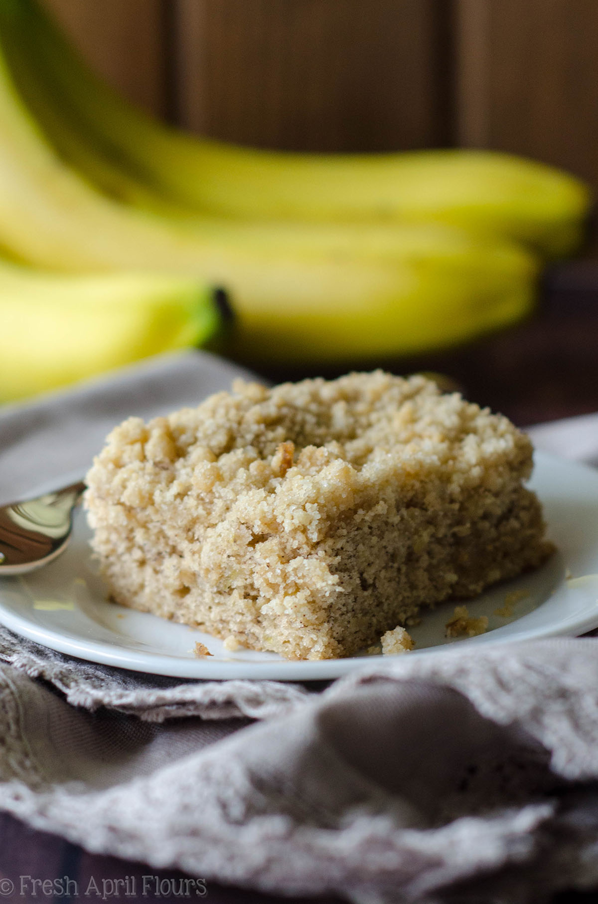Banana Crunch Cake Entenmann