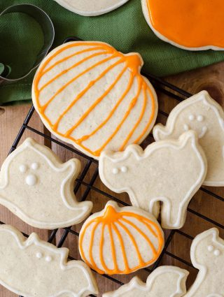 Pumpkin Spice Cut-Out Sugar Cookies + GIVEAWAY