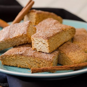 Snickerdoodle Biscotti: Cinnamon-spiced biscotti covered in a crunchy cinnamon sugar coating. It's just asking to be dunked in coffee!