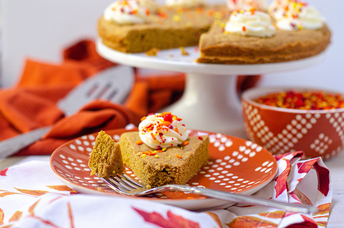 Pumpkin Cookie Cake: A soft and flavorful spiced cookie cake. The perfect treat for a fall birthday!