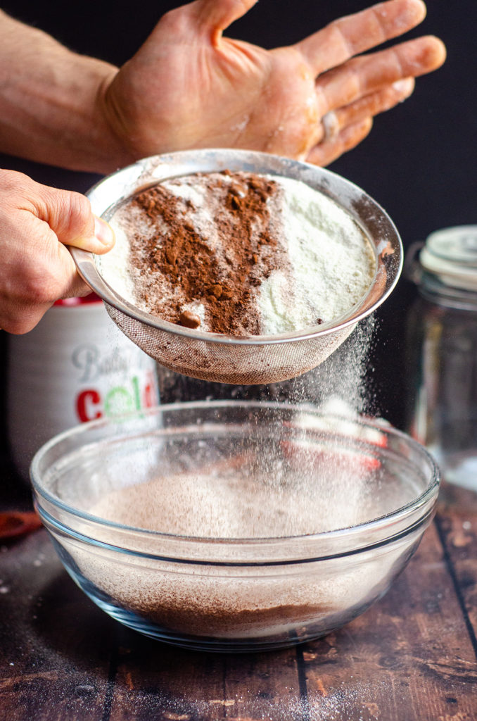 Homemade Hot Cocoa Mix: Ditch the store-bought and make your own hot cocoa mix to keep in your pantry. It's also perfect for gifting as a homemade holiday gift.