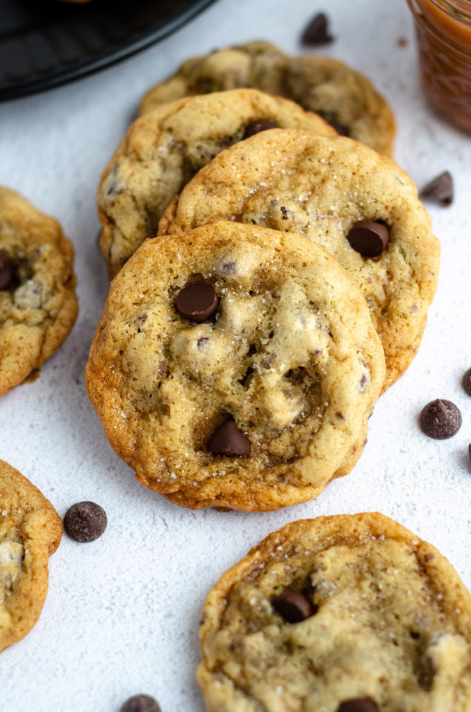 row of salted caramel chocolate chip cookies